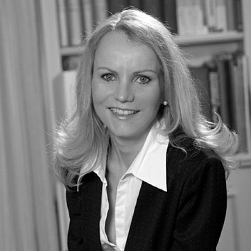 Dr Marion Moers-Carpi