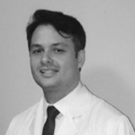 Dr Flavio Rezende